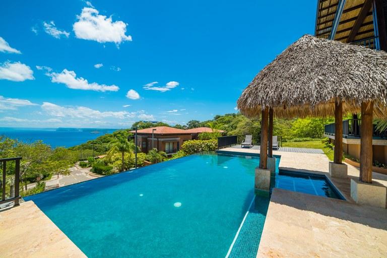 Azul Paraiso  Pool & Ocean View