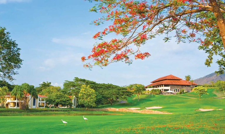 Golf Course Homes For Sale in Costa Rica.jpg