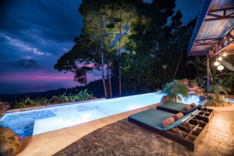 Hotel for sale in costa rica.jpg